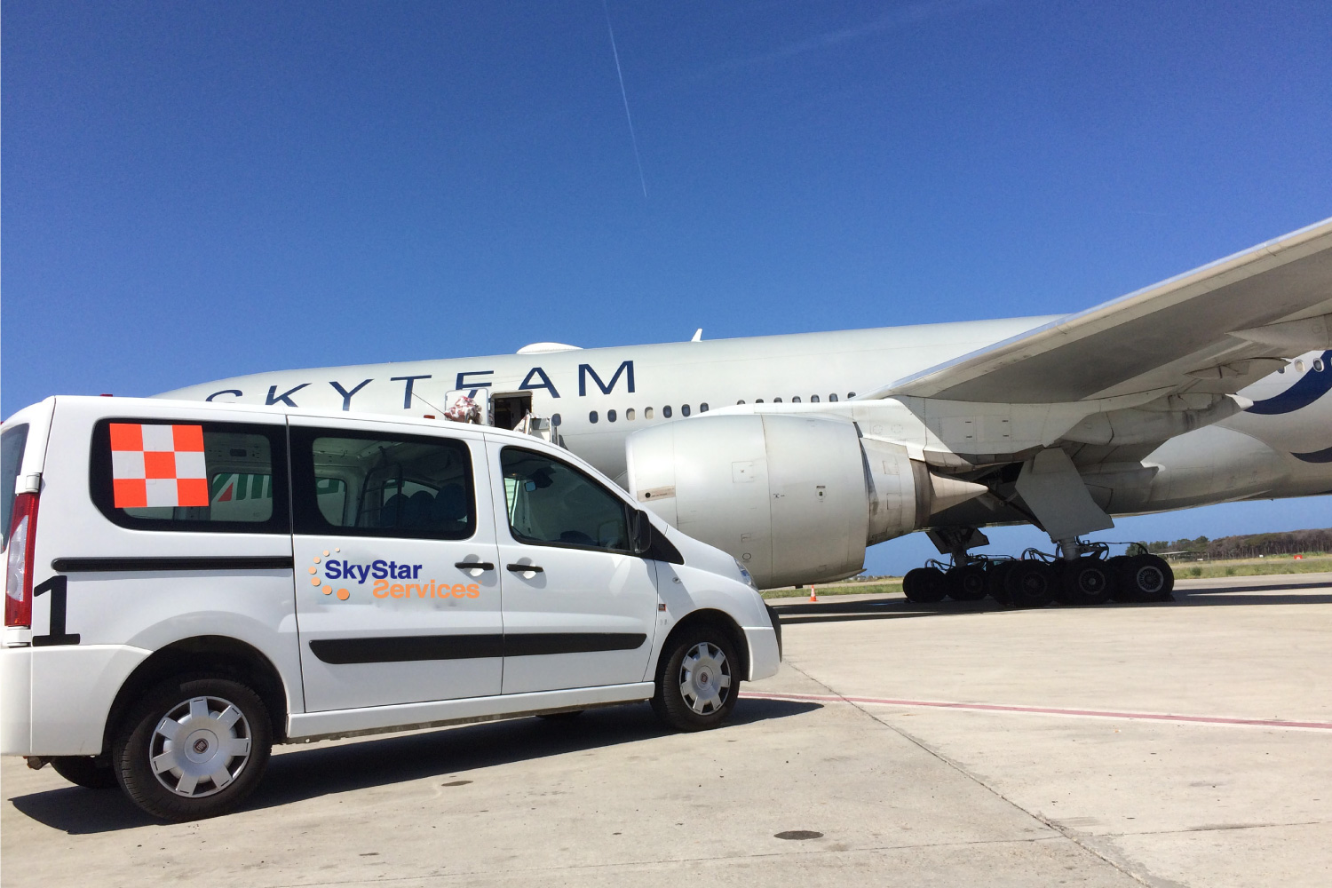 Airside and AOG services